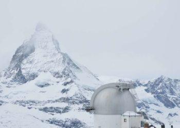 Le Mont Cervin (4478 m) dans le brouillard (crédit photo : Martin Moser / PIXABAY)