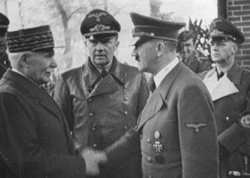 Entrevue entre Philippe Pétain et Adolf Hitler, le 24 octobre 1940, à Montoire (Loir-et-Cher) (BUNDESARCHIV BILD)